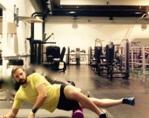 stretch to ease runner's knee